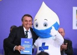 Bolsonaro foi imunizado contra covid 19?